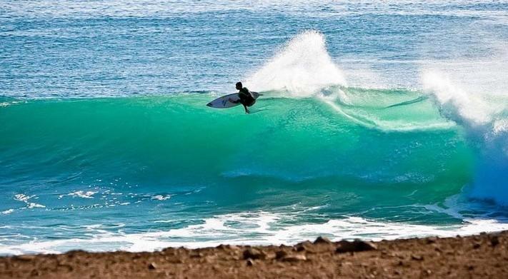 morocco_surf_bb_independant_surfer.jpg